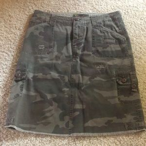 Billabong cargo skirt